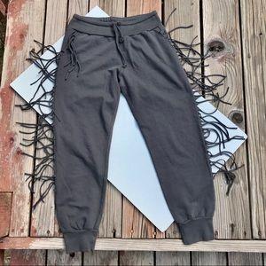 Kittenish Gray Capri Fringed Sweatpants XS    *F14
